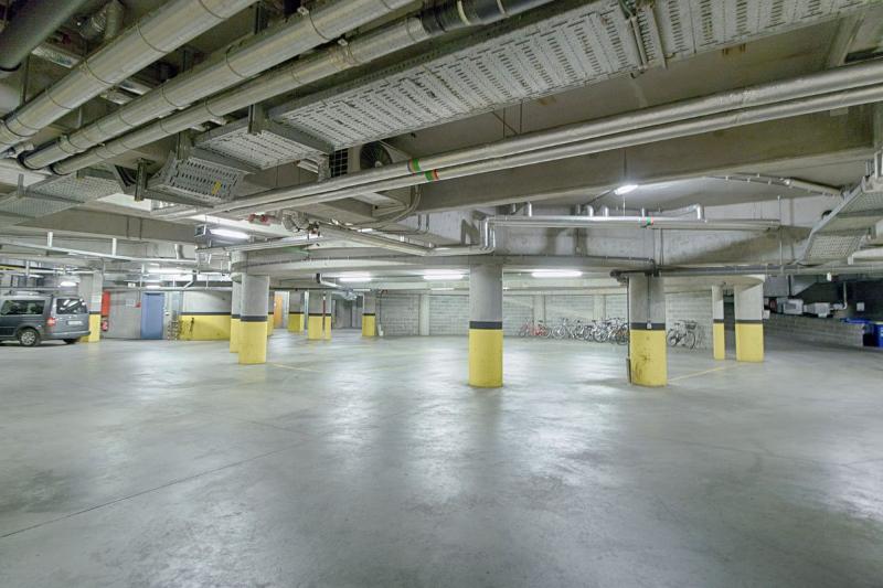 8-parkings-1200x800.jpg